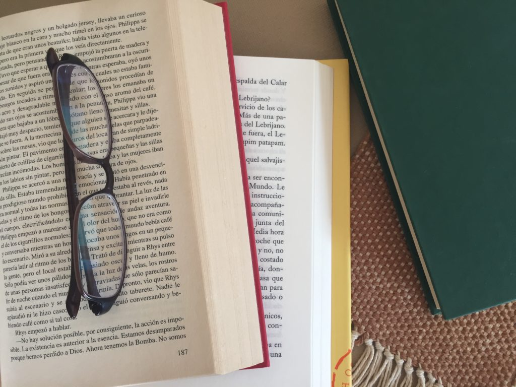 Condiciones de envío Abre un libro