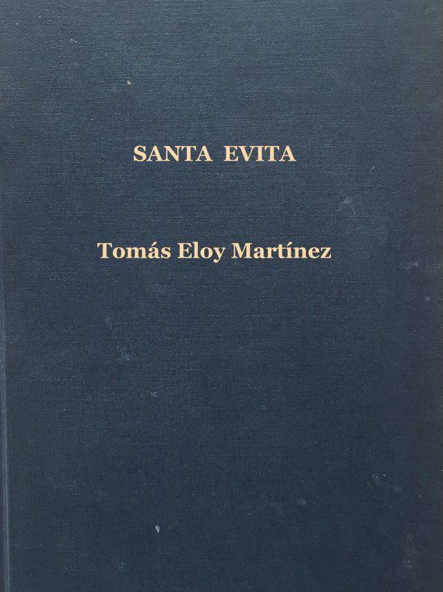 Santa Evita-Abre un libro