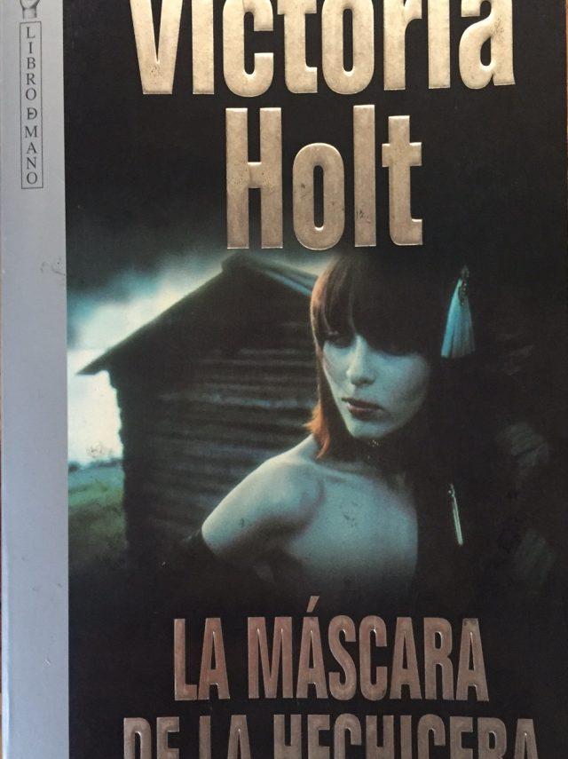 La máscara de la hechicera-Abre un libro