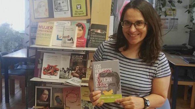 """[Entrevista] Ma. Del Mar Agós: """"Llevo Los Libros A Las Casas Para Acercar La Cultura A Las Personas"""""""