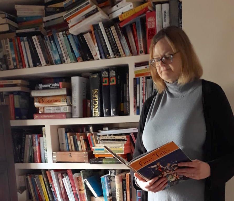 [Entrevista] Agnes Miller, profesora: «He leído siete veces El Señor de los Anillos»