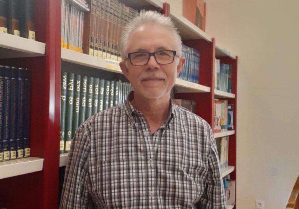 José Bernabé, bibliotecario en Jijona