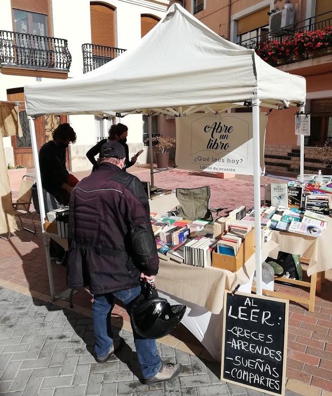 Anécdotas de librera: descubre por qué una librería es un espacio de intercambio y complicidad
